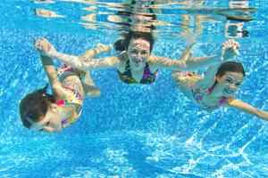 swim-underwater